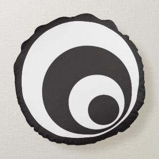 Retro Monochrome Circles Design Round Cushion