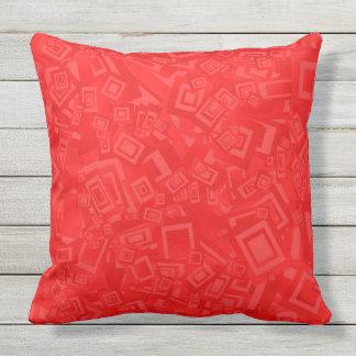RETRO RED GEOMETRIC SHAPES throw cushion
