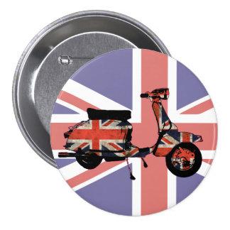 Retro scooter weathered Union jack design 7.5 Cm Round Badge