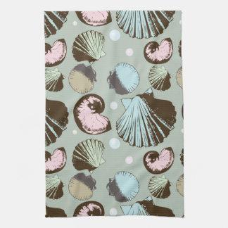 Retro Seashell Pattern Hand Towels