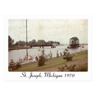 Retro St. Joseph Michigan Picture Postcard
