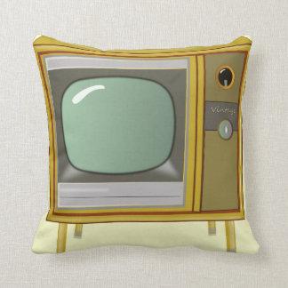 RETRO TELEVISION SET CUSHION