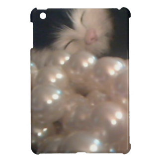 Retro Vintage Fur Kitten Antique Pearls Kitty Cat Cover For The iPad Mini