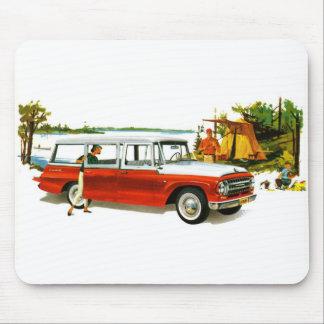 Retro Vintage Kitsch Auto 60's Station Wagon Trip Mouse Pad