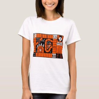 Retro Vintage Kitsch Halloween Spooks Trick Game T-Shirt