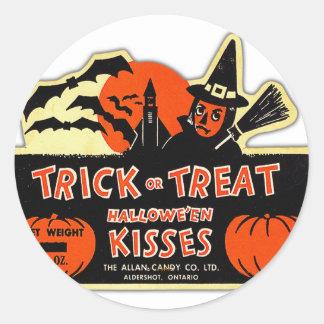 Retro Vintage Kitsch Halloween Trick or Treat Classic Round Sticker