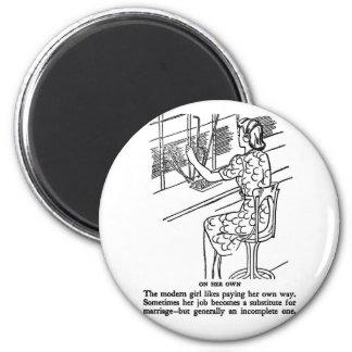Retro Vintage Kitsch Modern Work Girl Not Complete 6 Cm Round Magnet