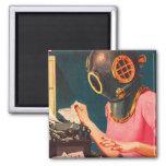 Retro Vintage Kitsch Strange Dive Helmet Secretary Square Magnet