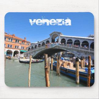 Rialto Bridge in Venice, Italy Mouse Pad