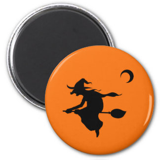 Riding witch magnet