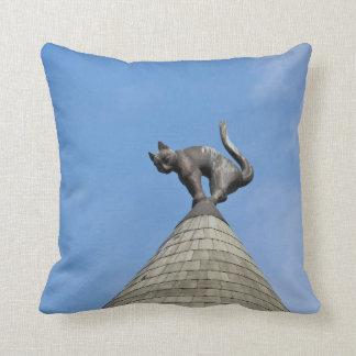 Riga Cat dome Cushion