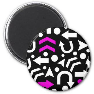 Right direction - magenta 6 cm round magnet
