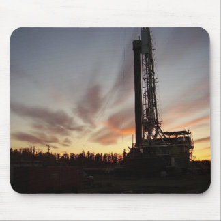 Rigs at sunraise mouse pad