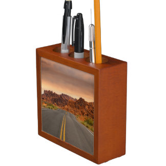 Road trip sunset desk organiser