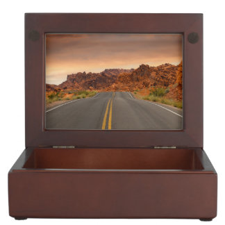 Road trip sunset keepsake box
