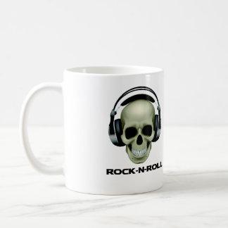 ROCK-N-ROLL SKULL BASIC WHITE MUG