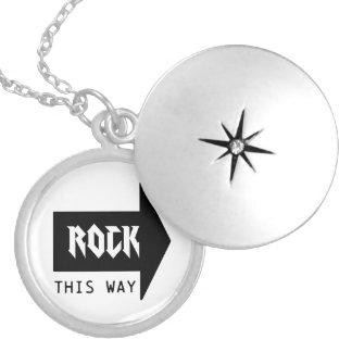 ROCK THIS WAY NECKLACE