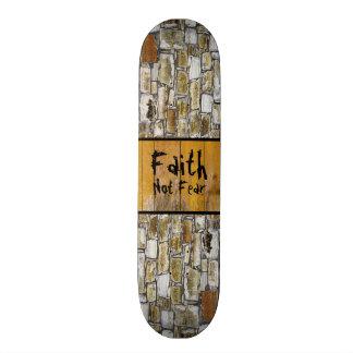 Rock Wall Faith 21.3 Cm Mini Skateboard Deck