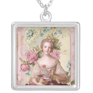 Rococo Princess Necklace_Large Personalized Necklace