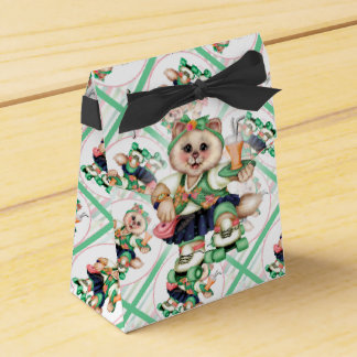 ROLLER CAT CUTE Tent & Ribbon Favour Box