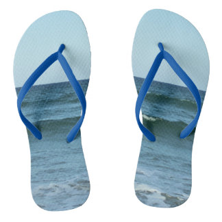 Rolling Ocean Waves Thongs