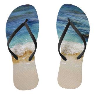 Rolling waves thongs
