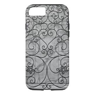 Romance on the Plaza iPhone 7 Case