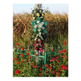 Romania, Plastic flowers on a wayside shrine Postcard