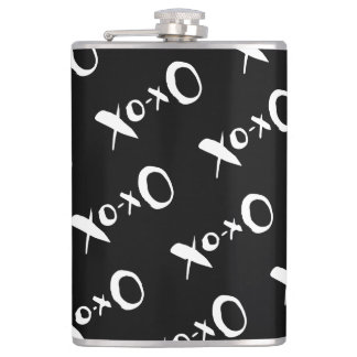 Romantic black and white XOXO pattern Hip Flask