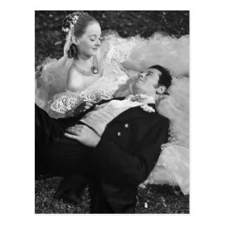 Romantic Couple French Postcard