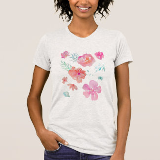 Romantic Floral Pink Watercolor Cool & Elegant T-Shirt