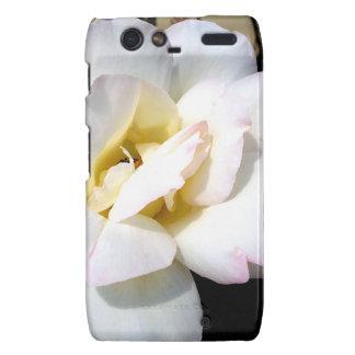 Romantic White Rose Vintage Soft Look Droid RAZR Cases