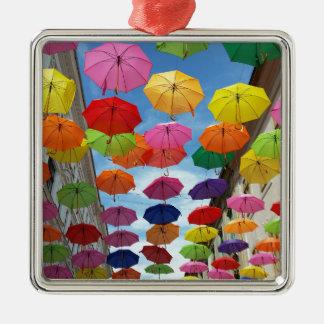 Roof of umbrellas metal ornament
