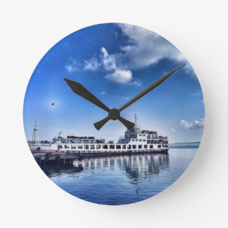RoRo Travels in The hidden Island  of Philippines Round Clock