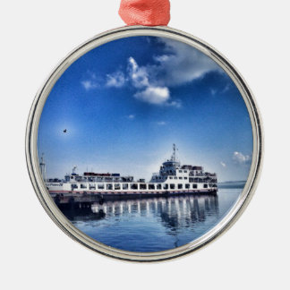RoRo Travels in The hidden Island  of Philippines Silver-Colored Round Decoration