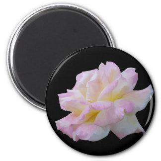 Rose digital drawing 6 cm round magnet
