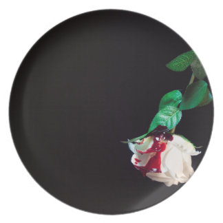 Rose white blood red side plate