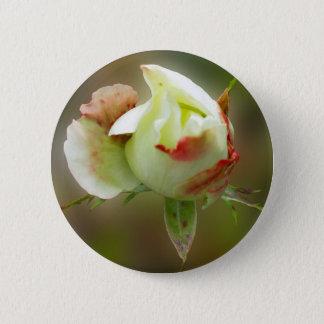 rosebud glowing 6 cm round badge