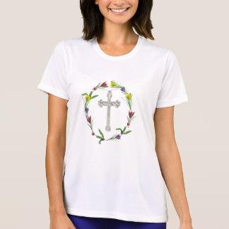 roseringedcross22 T-Shirt