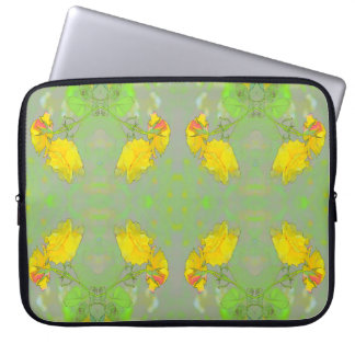 Roses, Get your lovely roses here! Laptop Sleeve