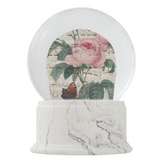 roses musicc snow globe