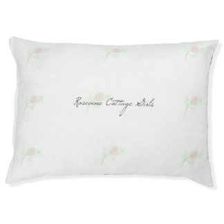Rosevine Cottage Girls Cut Rose Dog Bed