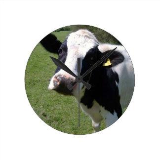 Round cow clock