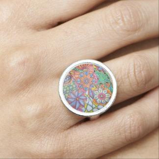 Round Ring Doodle Design