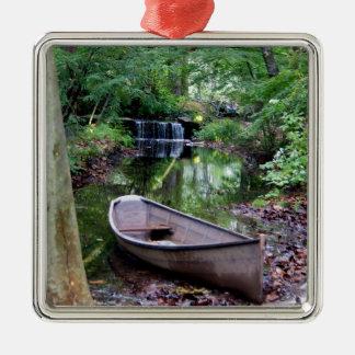 Row boat metal ornament