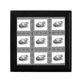 rows of frogs gift box