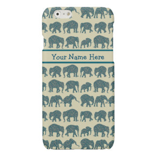 Rows of Paisley Elephants on Beige iPhone 6 Case