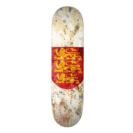 Royal Arms of England Skateboard Deck