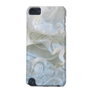 Ruffled White Lace iPod Touch (5th Generation) Covers