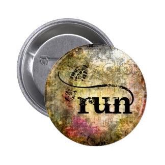 Run/Runner by Vetro Jewelry 6 Cm Round Badge